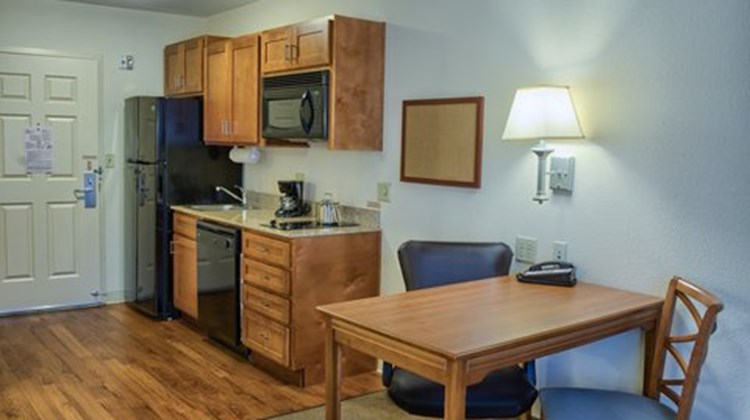 Candlewood Suites Mobile Downtown Room
