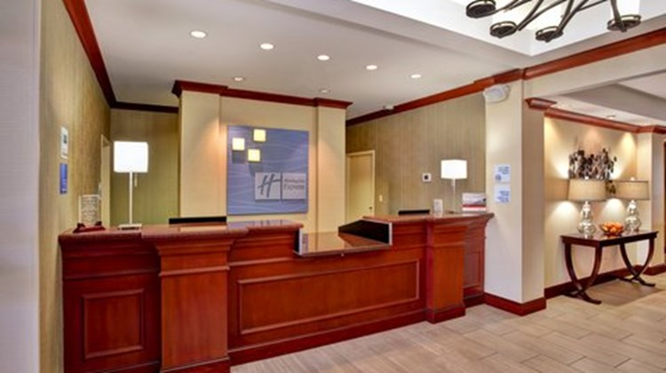 Holiday Inn Express Hotel & Suites-North Lobby