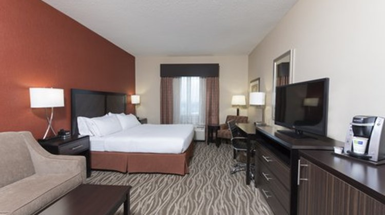 Holiday Inn Express Hotel & Suites-North Room
