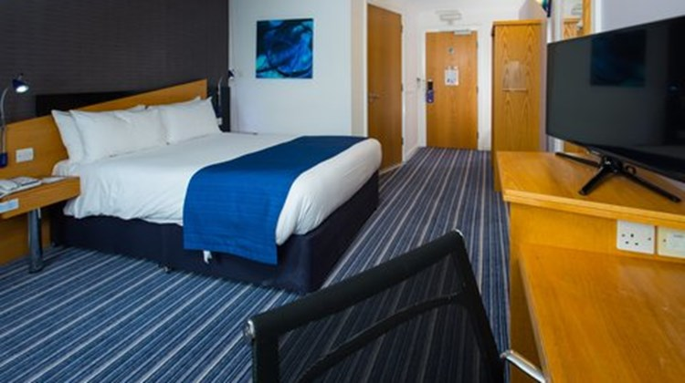 Holiday Inn Express Birmingham NEC Room