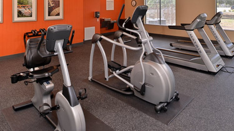 Holiday Inn Express & Sts Austin South Health Club