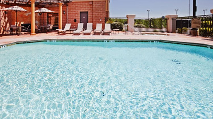 Holiday Inn Express Lawton-Ft Sill Pool