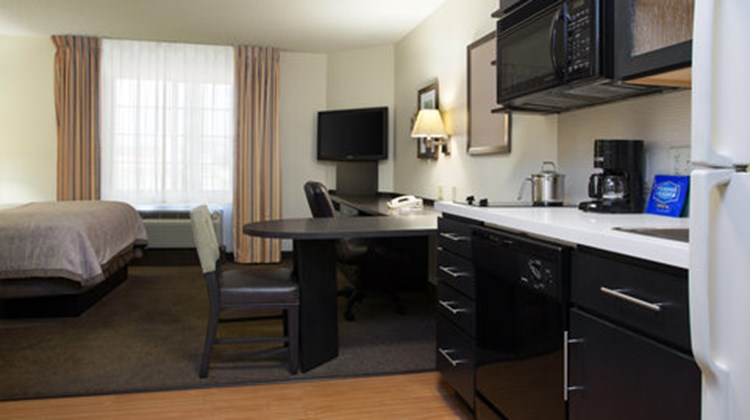 Candlewood Suites University Room