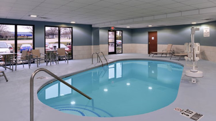 Holiday Inn Express & Suites Raleigh NE Pool