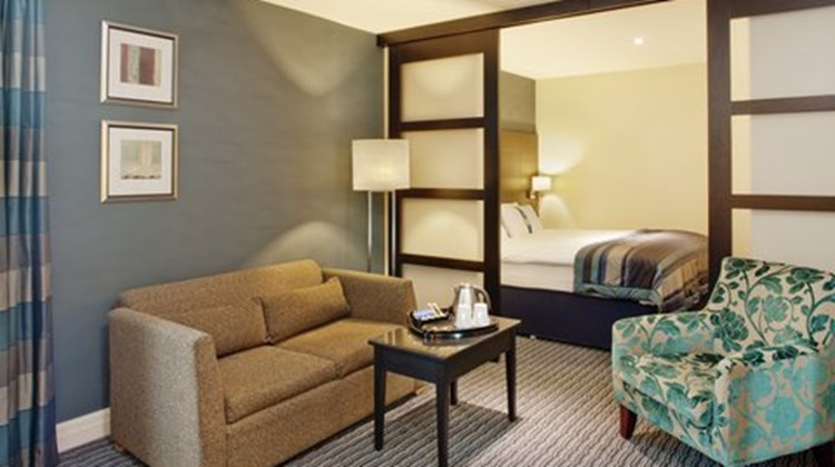 Holiday Inn Birmingham Airport Suite