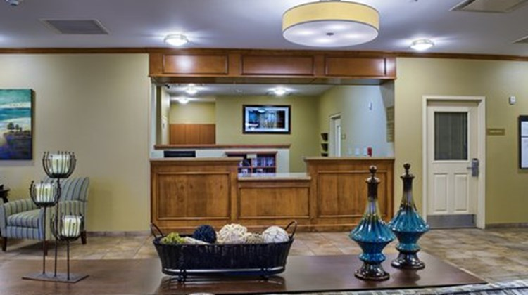 Candlewood Suites Mobile Downtown Lobby