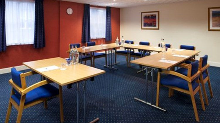 Holiday Inn Express Aberdeen City Centre Meeting