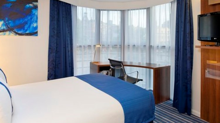 Holiday Inn Express London City Room