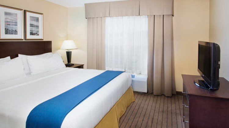 Holiday Inn Express Htl & Stes SE COMOX Suite