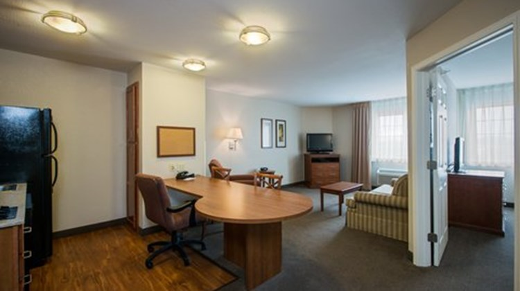 Candlewood Suites Indianapolis NW Room