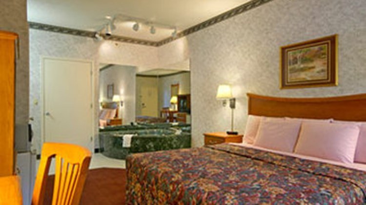 Days Inn North Little Rock Maumelle Room