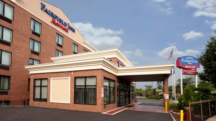 Fairfield Inn New York JFK Airport Exterior