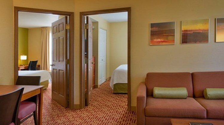 TownePlace Suites Columbus Airport Suite