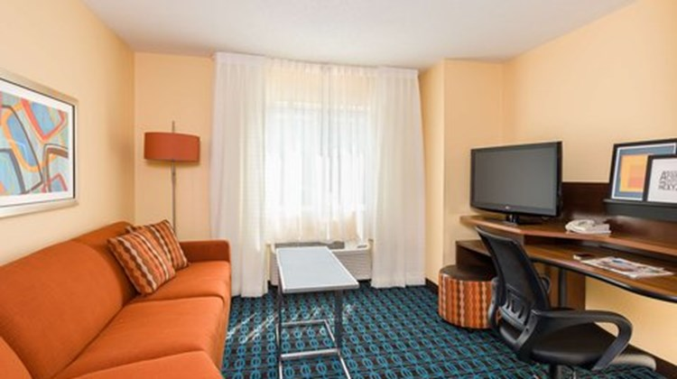 Fairfield Inn Houston Westchase Room