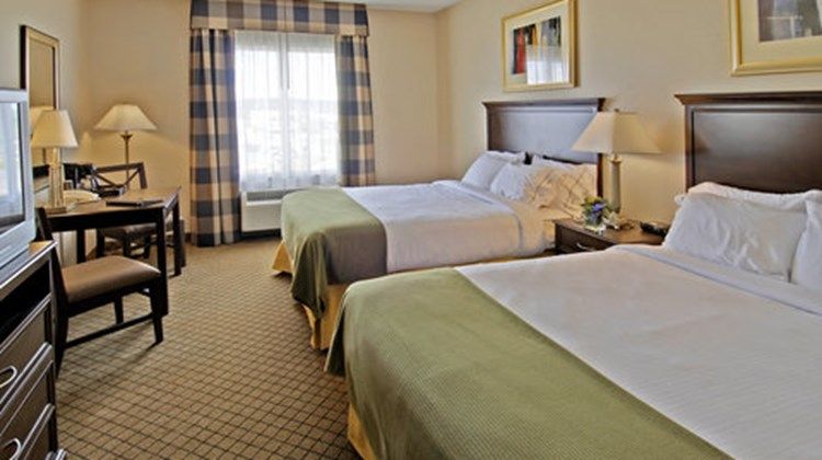Holiday Inn Express & Suites North Bay Room