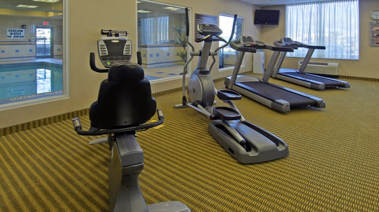 Holiday Inn Express & Suites North Bay Health Club