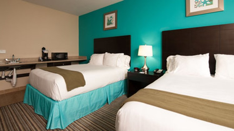 Holiday Inn Express & Suites-Port Lavaca Room