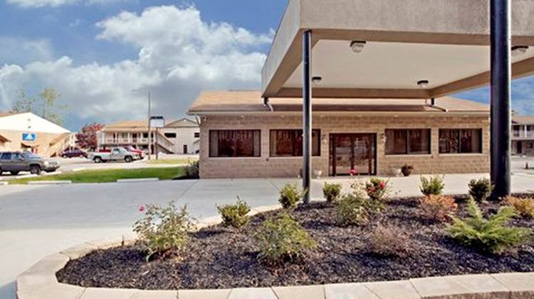 Affinity Inn & Suites Rivers Edge Exterior