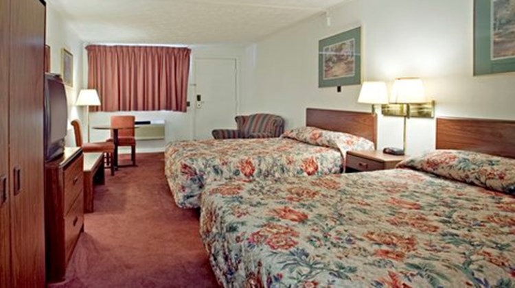 Affinity Inn & Suites Rivers Edge Room