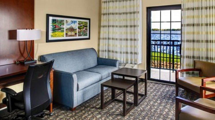 Courtyard by Marriott New Bern Room