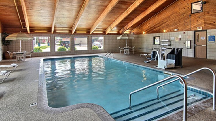 GrandStay Hotel & Suites Traverse City Pool