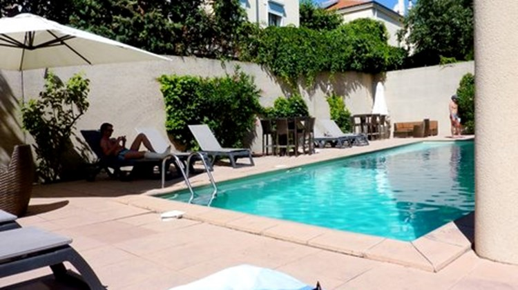 Appart Hotel Odalys les Florid Pool