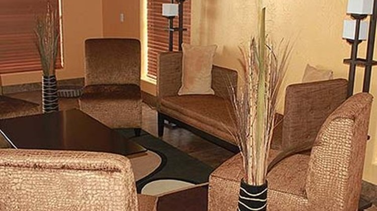 Texas Inn & Suites Lobby