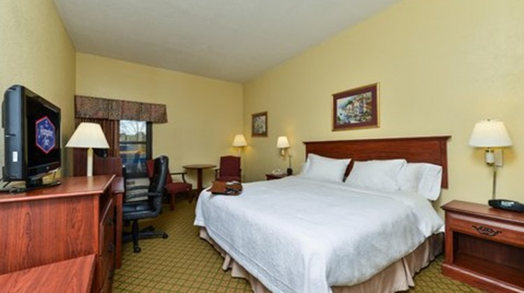 Hampton Inn Raleigh/Clayton Room