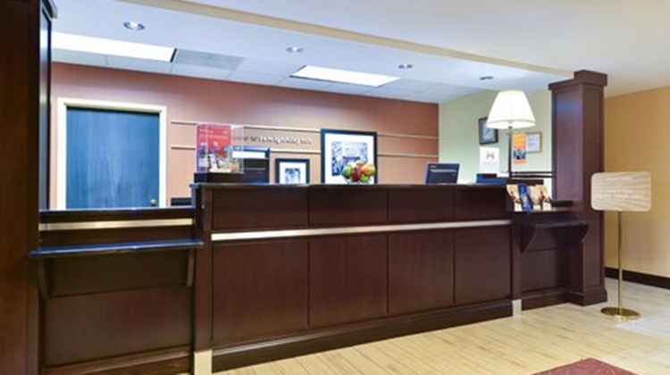 Hampton Inn Raleigh/Clayton Lobby