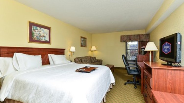 Hampton Inn Raleigh/Clayton Suite