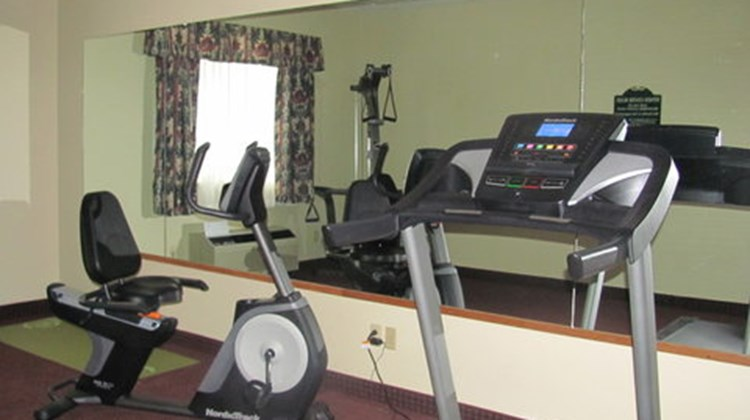 Dollinger's Inn & Suites Health Club