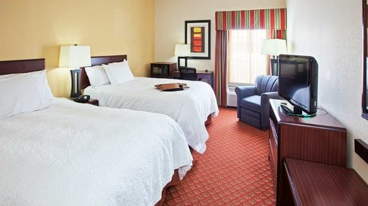 Hampton Inn Marysville Room