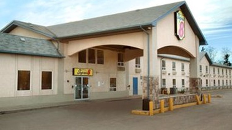 Super 8 Motel Fort McMurray Exterior