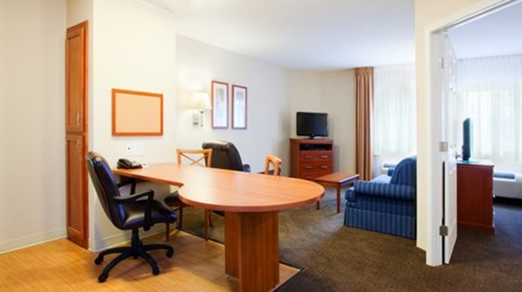 Candlewood Suites New Bern Suite