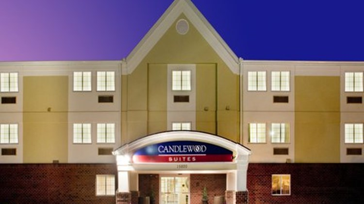 Candlewood Suites Colonial Heights Exterior