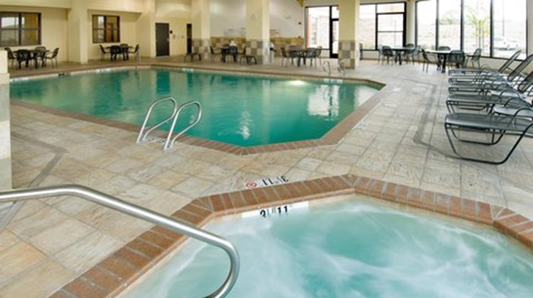 Drury Inn & Suites Albuquerque North Pool
