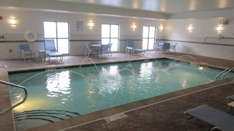 Holiday Inn Express & Suites Butler Pool