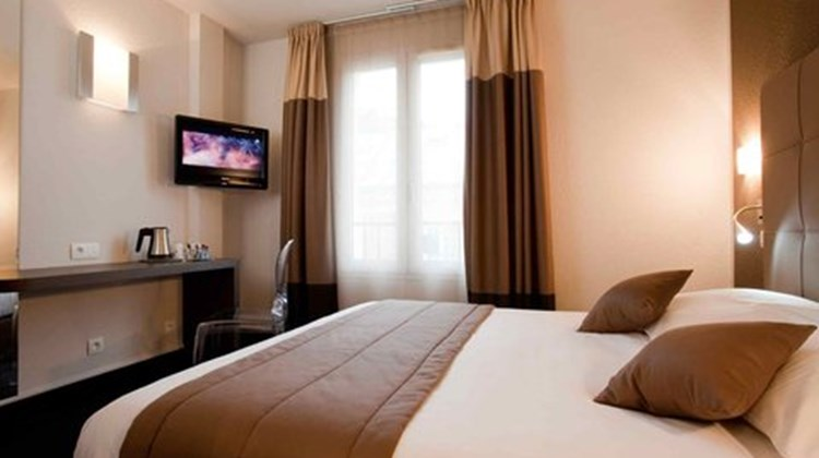 Hotel Mercure Versailles Chateau 2 M Room