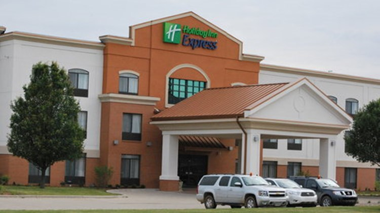 Holiday Inn Express West Bloomington Exterior