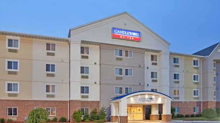 Candlewood Suites Springfield South Exterior