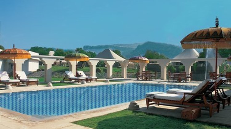 The Oberoi Vanyavilas Pool