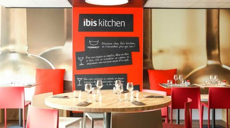 Ibis Paris Hotel Restaurant