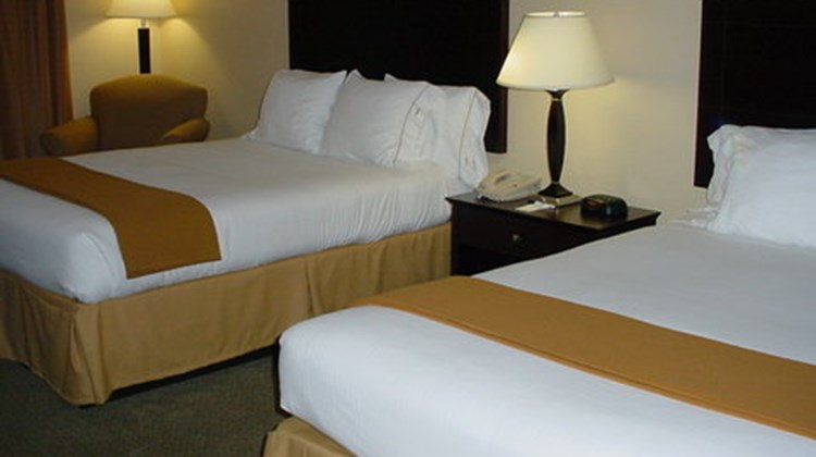 Holiday Inn Express & Suites Athens Room