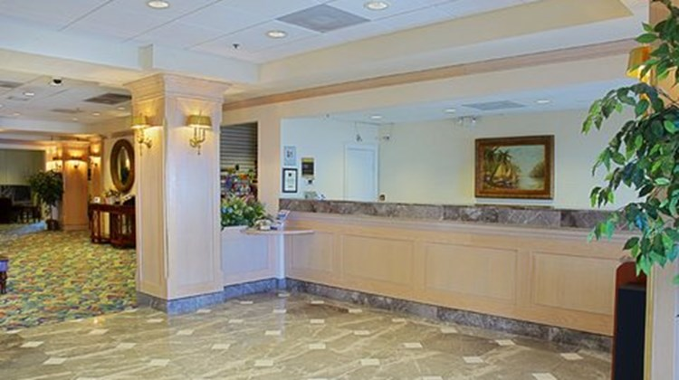 Holiday Inn Express Boca Raton-West Lobby