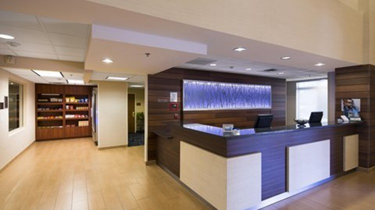 Fairfield Inn & Suites Rancho Cordova Lobby
