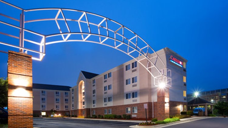 Candlewood Suites Sterling Exterior