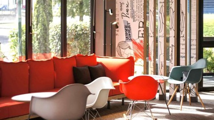 Ibis Hotel Angouleme Nord Exterior