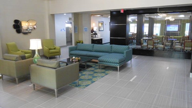 Holiday Inn Express Brookhollow Lobby