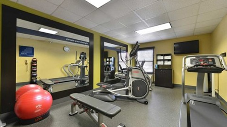 Hampton Inn Raleigh/Clayton Health Club