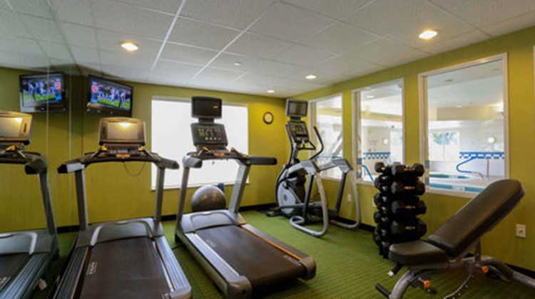 Fairfield Inn & Suites Marion Health Club